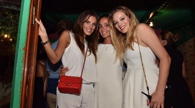 Alessia Reato con le amiche in capannina vip versilia